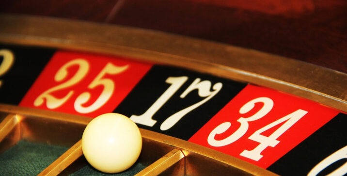 online gambling, jackpot, gamblers, online gambling