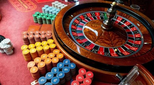 live casino, online casino, casino games, gambling, jackpot